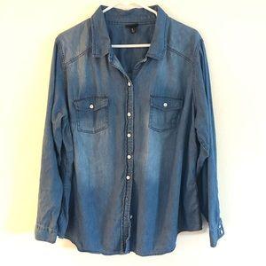 TORRID blue lightweight denim shirt top blouse  2